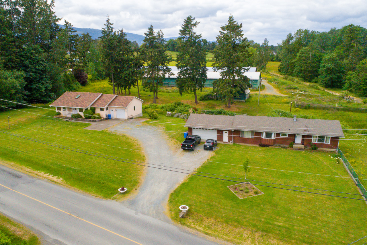 4770/4766 BENCH ROAD, duncan, British Columbia