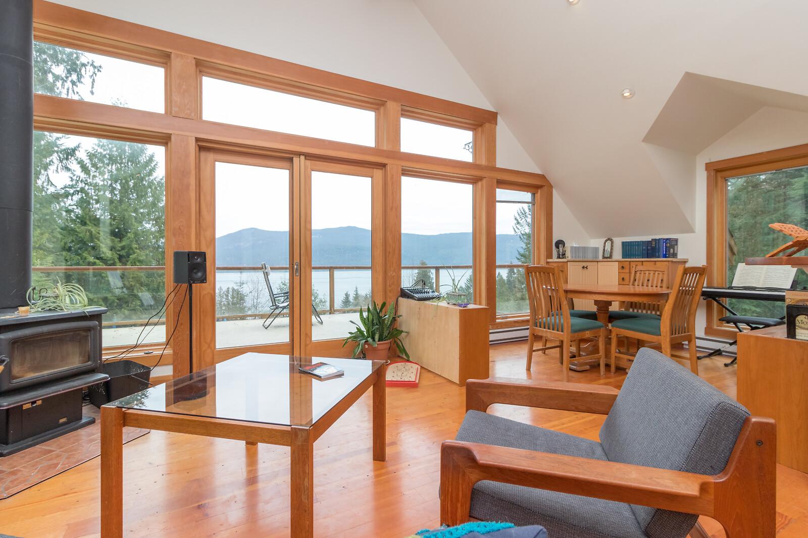 4362 Brentview Dr, Cowichan Bay, British Columbia  V0R 1N2 - Photo 3 - 868691