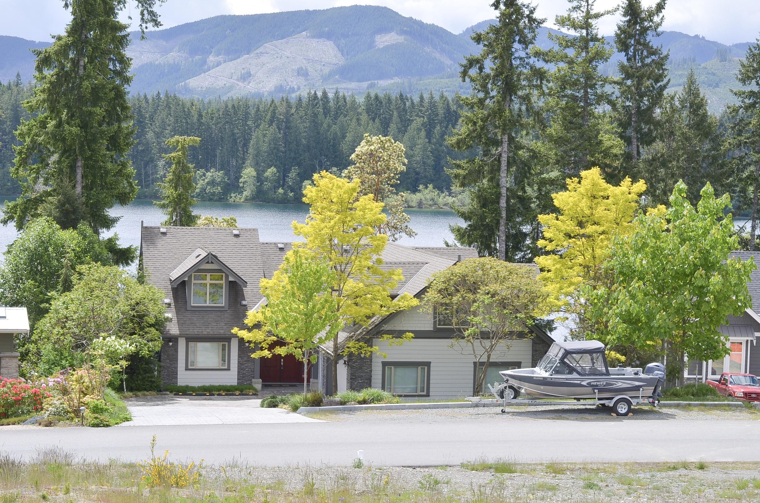 Sl 9 Lakefront Rise, Lake Cowichan, British Columbia  V0R 2G1 - Photo 4 - 876098