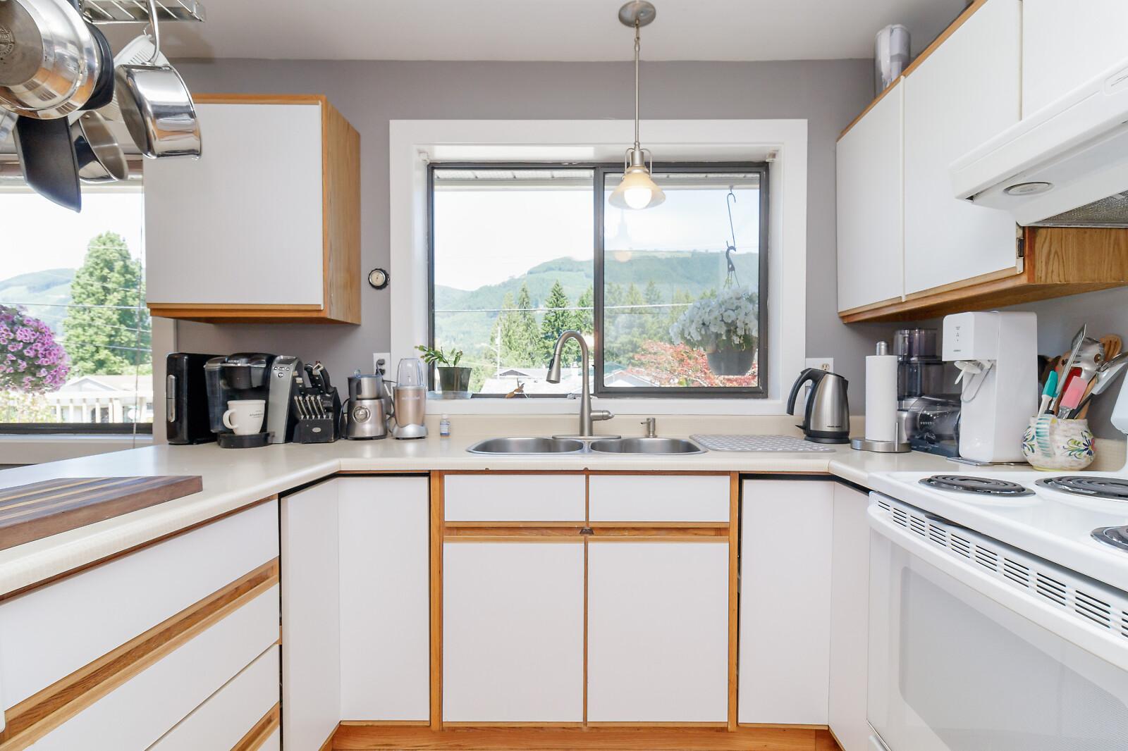 172 Johel Road, Lake Cowichan, British Columbia  V0R 2G0 - Photo 11 - RP3883673613