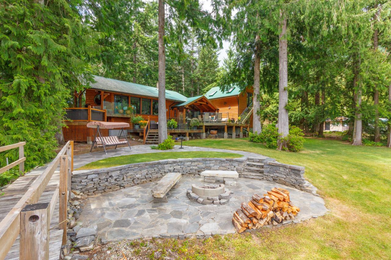 8335 Sa-Seenos RoadYoubou, British Columbia  V0R 3E1 - Photo 7 - 457285